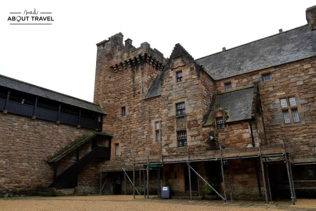 localizaciones del rodaje de outlander en Escocia: castillo de dean en kilmarnock
