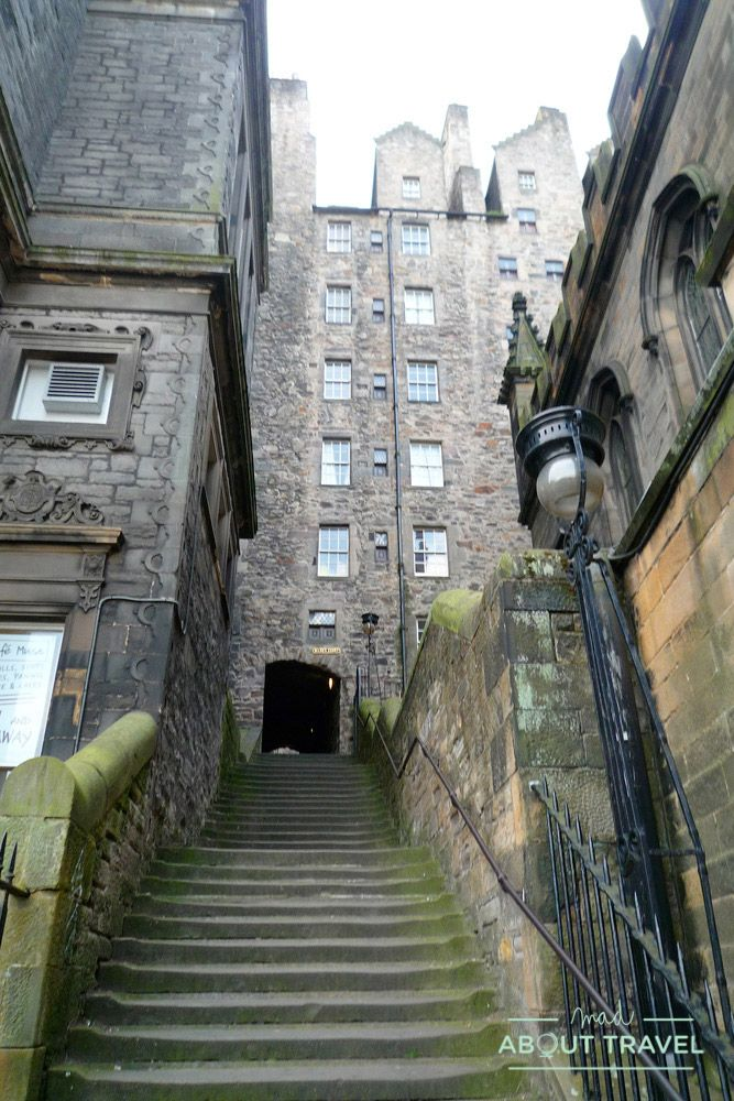 que ver en edimburgo gratis: closes royal mile