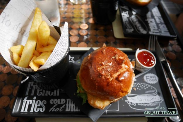 comer cerca del castillo de crichton: pub the Foresters
