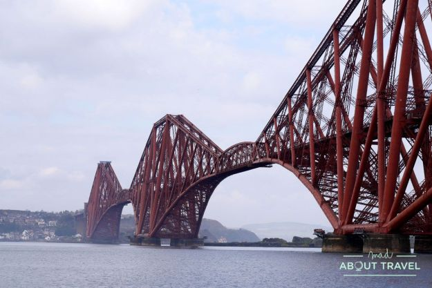 puente del ferrocarril sobre el firth of forth en south queensferry