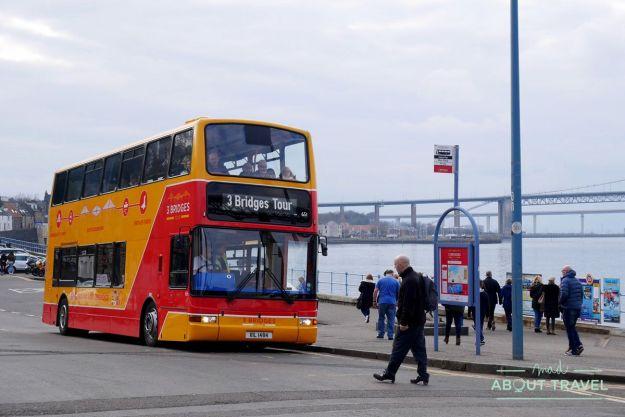 bus del three bridges tour en south queensferry