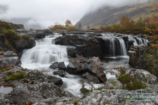 que ver en glencoe: cascada del río coe