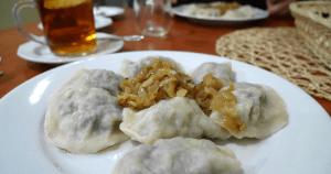 Platos tradicionales de Polonia: pierogi