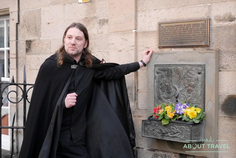 tour de brujas en Edimburgo