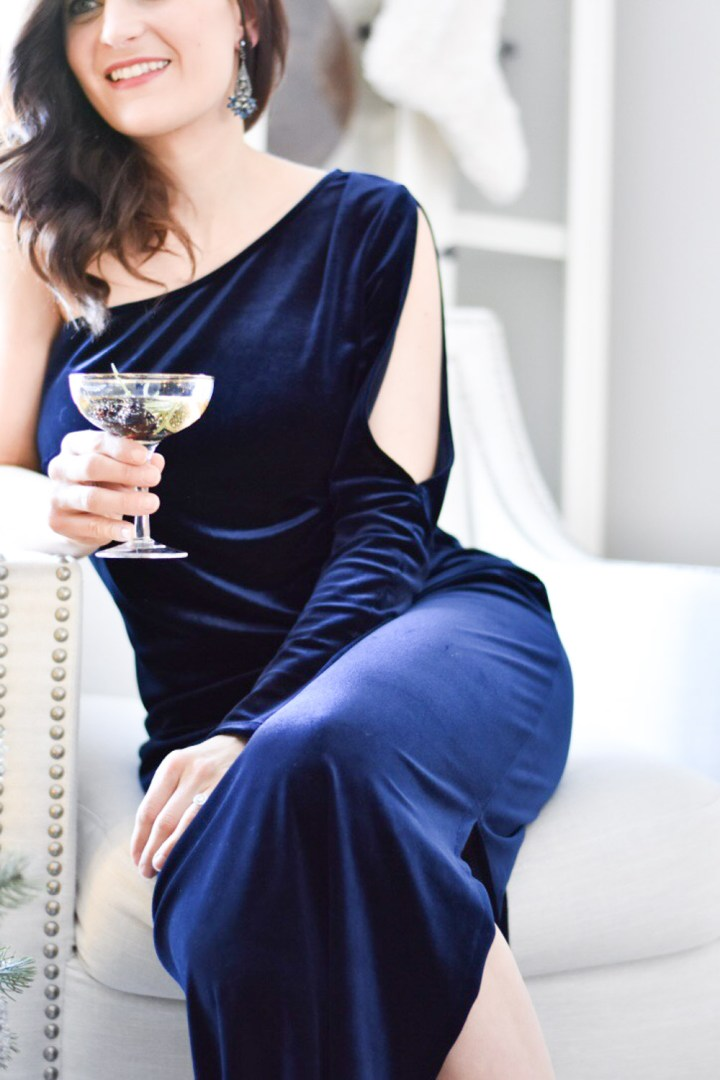 What to Wear: Holiday Dinner Party