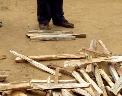 マダガスカルの薪