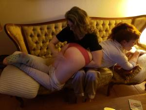 @Confess2MissZoe, @Michael_Stamp, spanking Miss Zoe, British born Miss Zoe, MadameSamanthaB spanks Miss Zoe, fetish model gets spanked