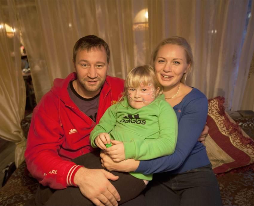 Svetlana Kulakova with her husband Igor and her daughter Katerina
