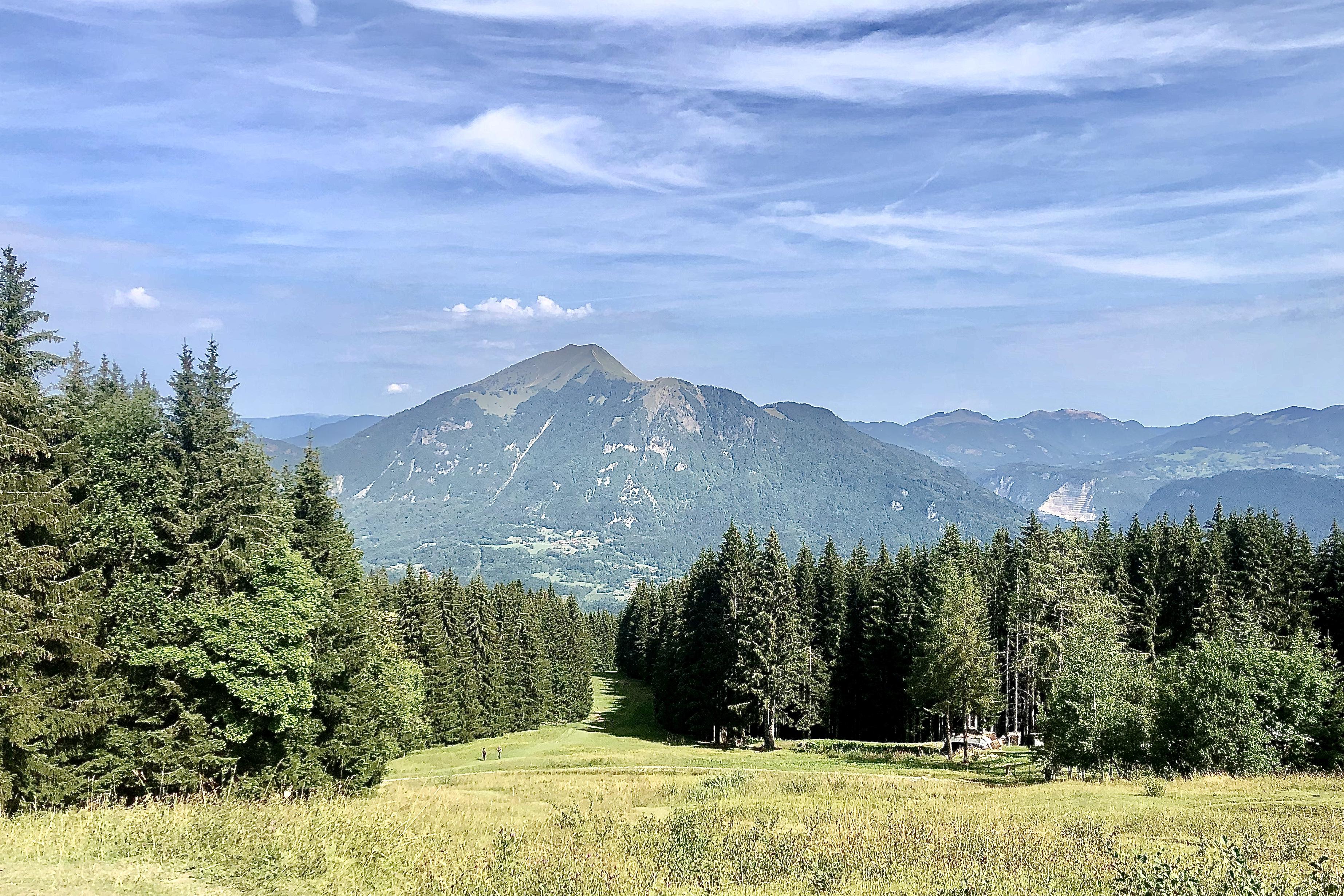 le mole et le petit mole vers le mont saxonnex lac benit blog madame voyage