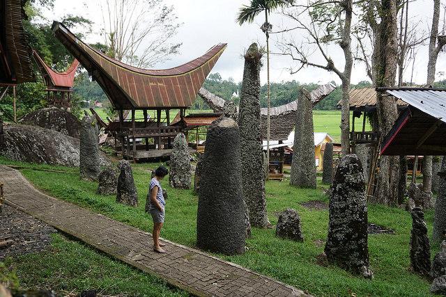 Bori Kalimbuang (bawah)