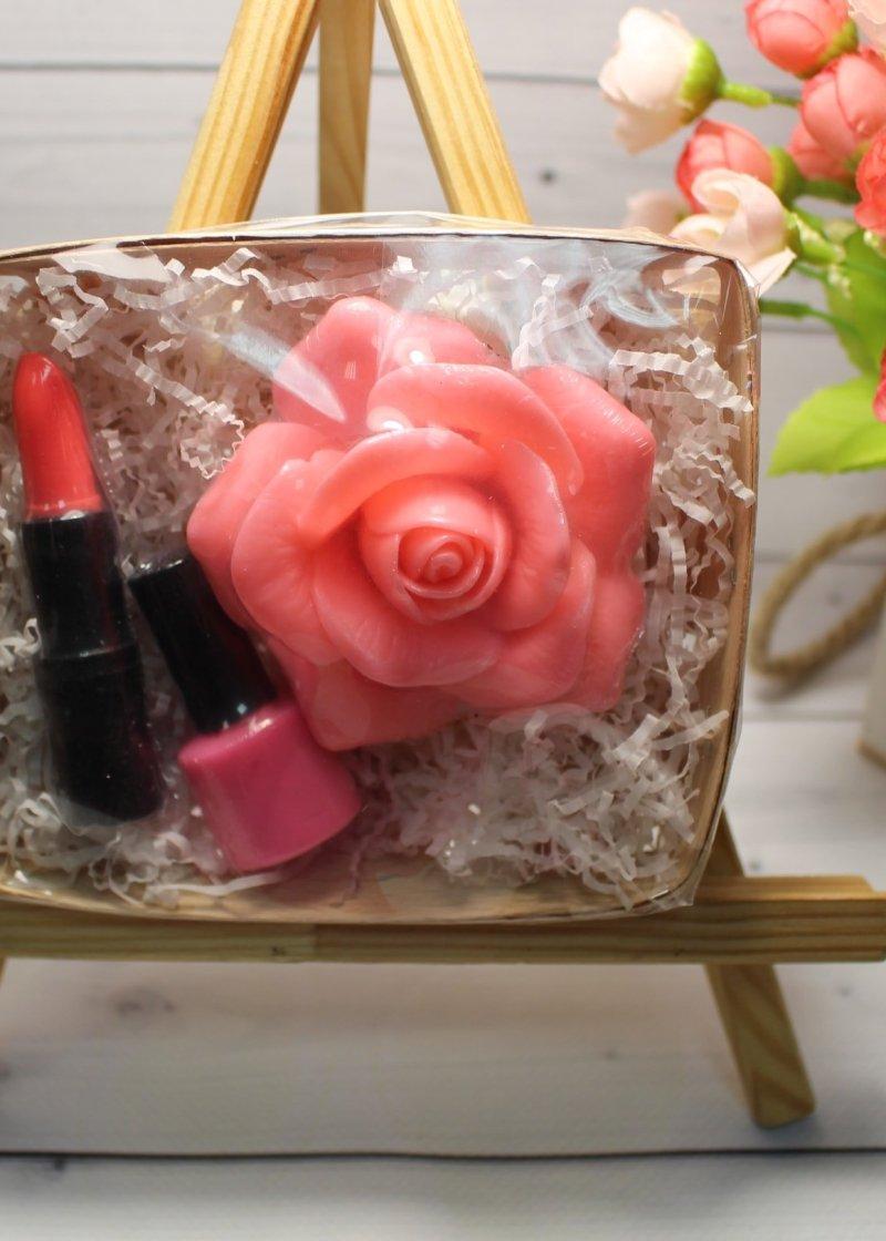 Набор мыла Роза, помада, лак