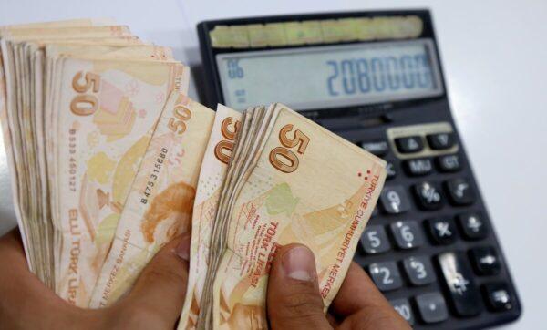 التركية تعبيرية 1 4 600x362 - ارتفاع قياسي للدولار مقابل الليرة التركية وهذه أسعار الليرة السورية - Mada Post