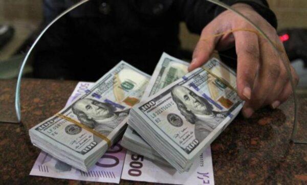 الدولار والعملات 1 600x362 - تغيرات في أسعار العملات مقابل الليرة السورية والتركية 30 10 2020 - Mada Post