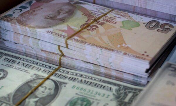 العملات الأجنبية - مواقع التواصل - أسعار العملات والذهب الإثنين مقابل الليرة السورية والتركية 19 10 2020