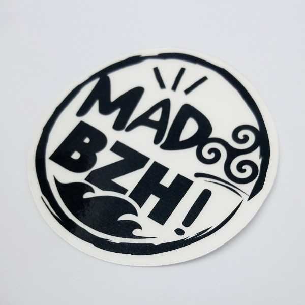 sticker noir mad bzh fond transparent