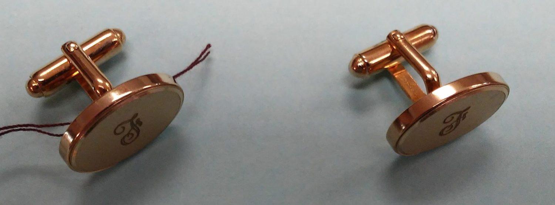 toggle-backed cufflinks