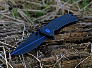 Kershaw folder in MAD Black w/ Thin Blue Line