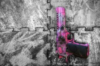 Pink MAD Dragon Camo on a Desert Eagle