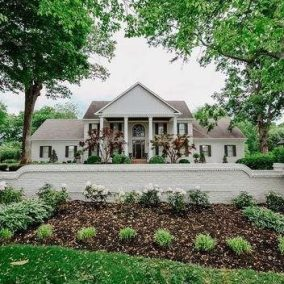 Treemont Mansion