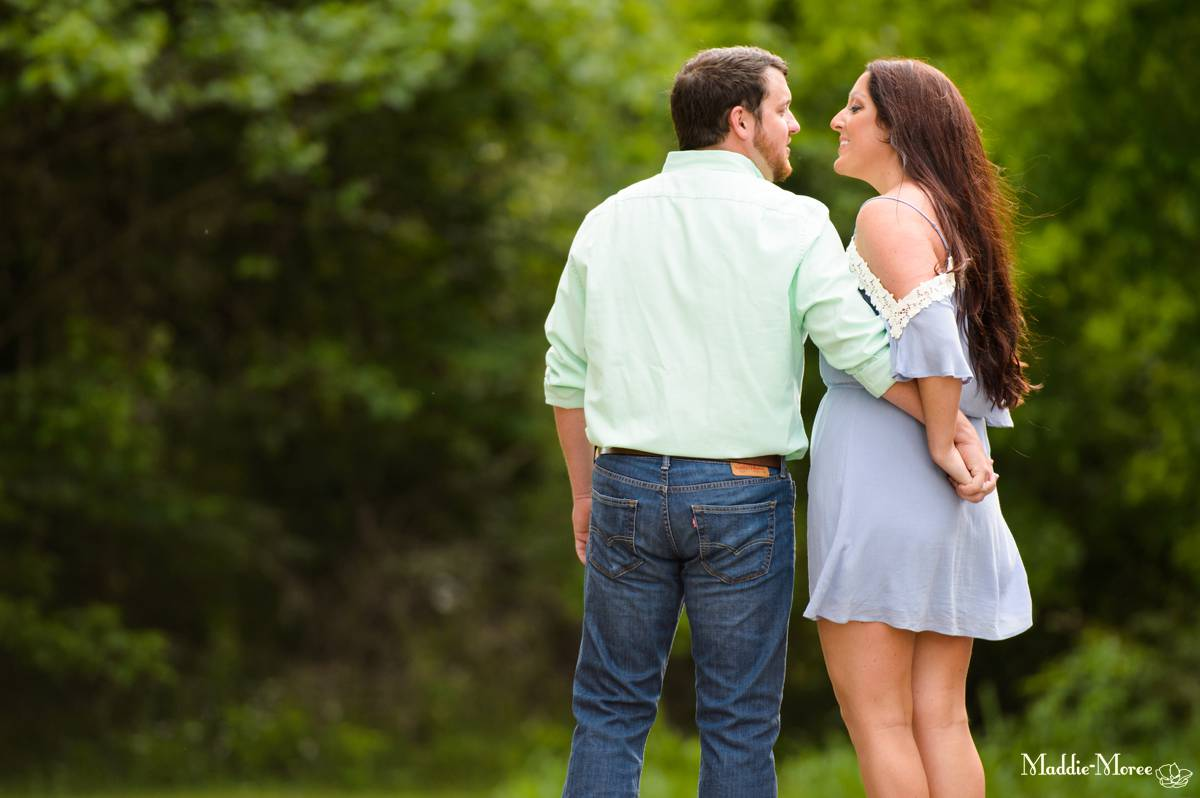 Arlington engagement photographer maddie moree