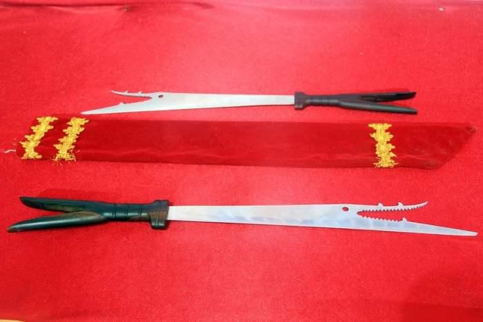 Senjata Tradisional Pedang Bara Sangihe