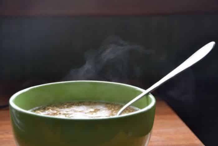 Sup Panas Yang Tumpah
