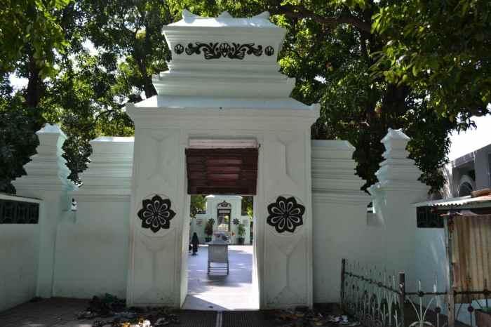 Makam Walisongo yang ada di Jawa