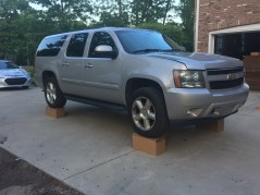 Jim's Suburban Weighs In at 5700 POUNDS