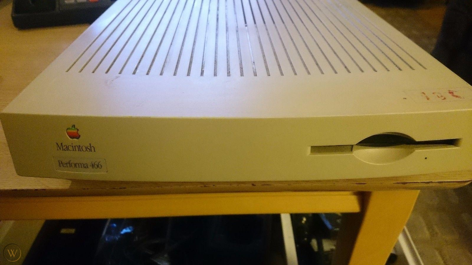Macintosh Performa 466