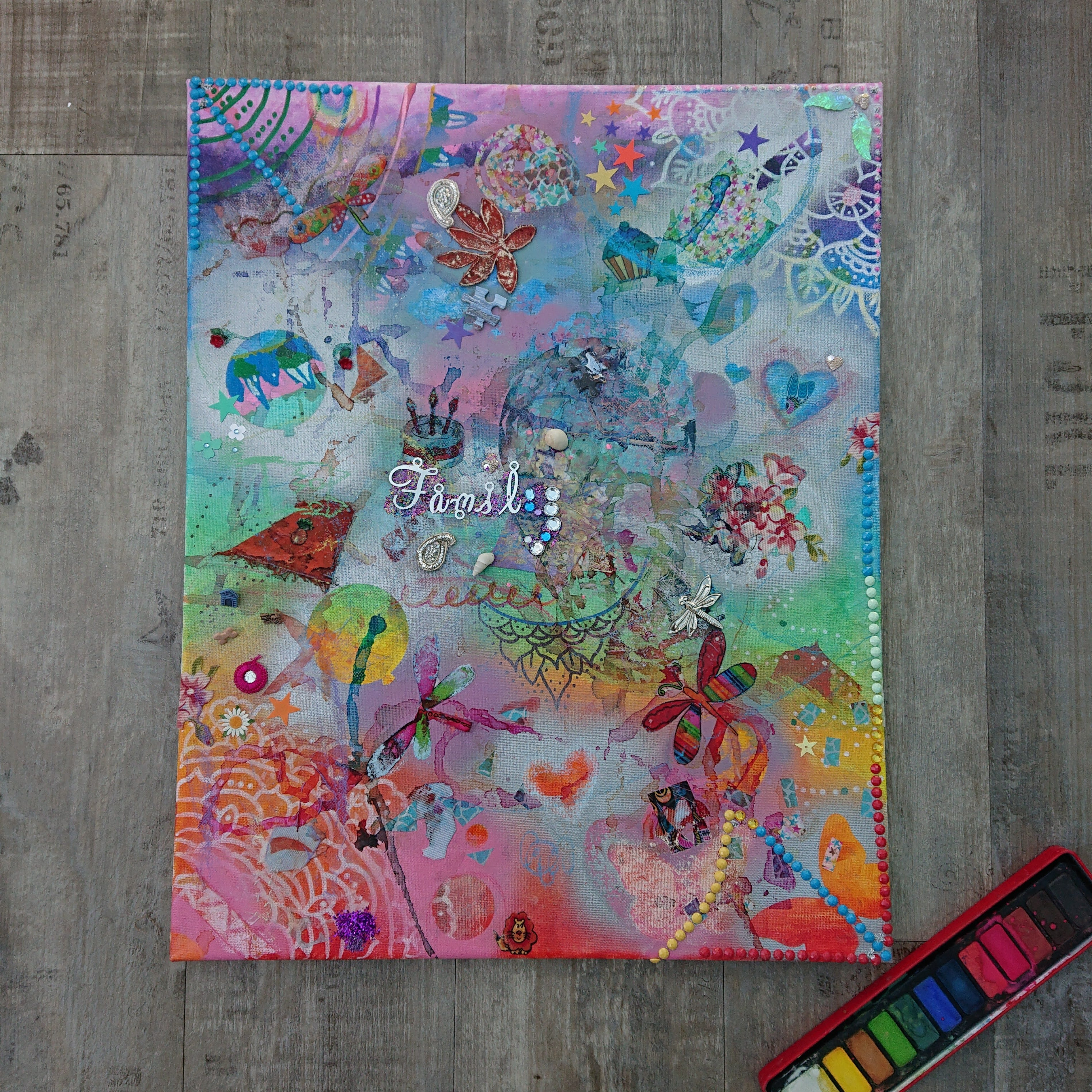 Painted canvas - easy summer crafts for kids