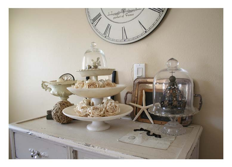 Elegant tiered cake stand in Living Room Traditional with