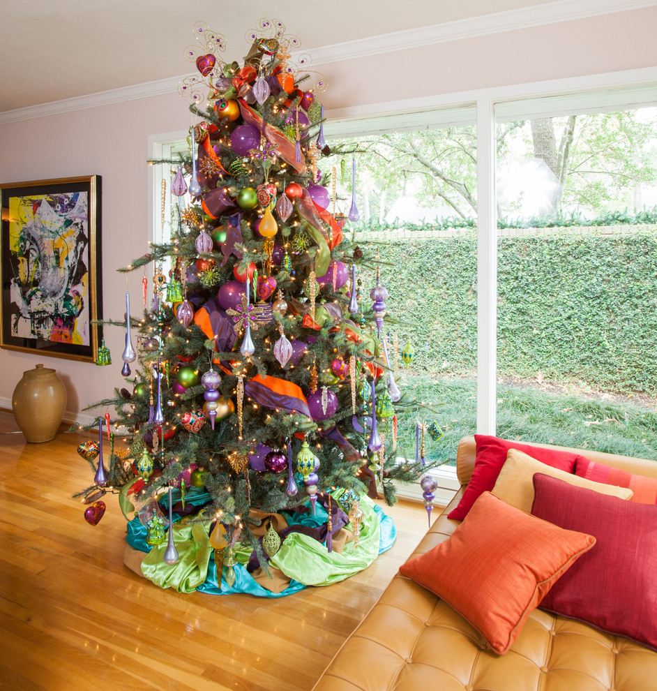 Good Looking burlap christmas tree skirt in Living Room Contemporary with Garden Bed  next to Cotton Bed Sheet  alongside Planting Trees In Pots  and Tree Branches