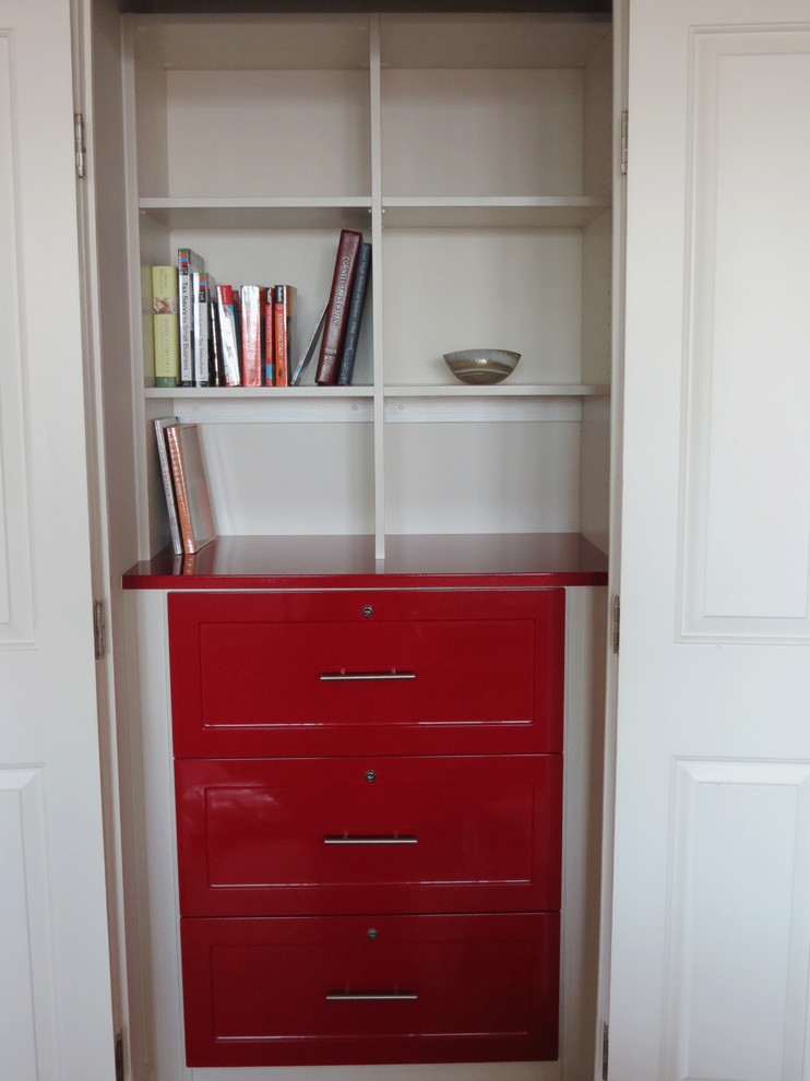 Good Looking locking file cabinet in Home Office