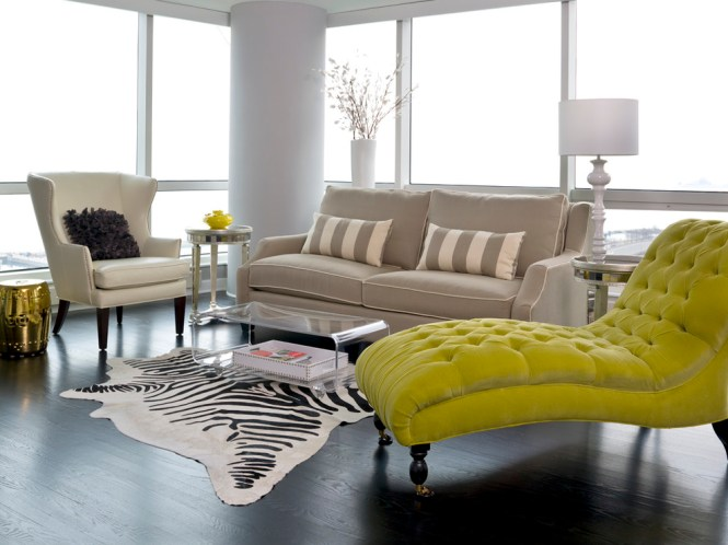 Turn Your Dark Green Sofa From An Eyesore To A Highlight