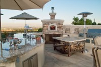 outdoor kitchen design dining room beach style with ...