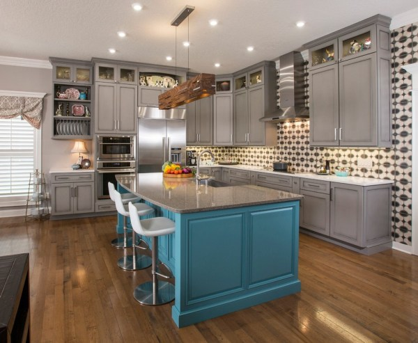 Long Kitchen Cabinets with Pulls