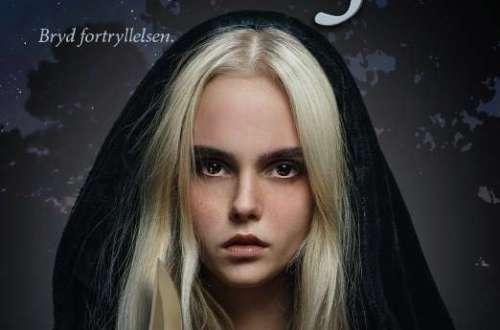 Cover Book review Grå Magi af Lene Krog
