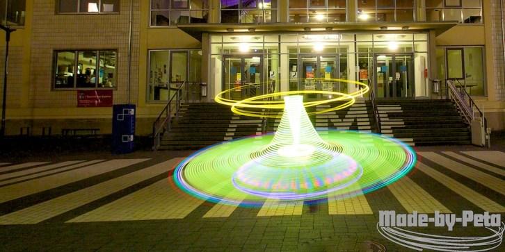 UFO im Innenhof der Hochschule