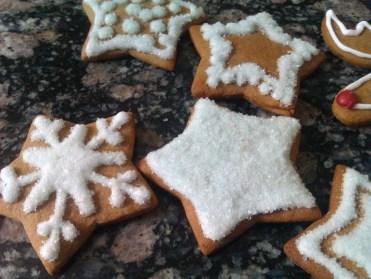 pierniczki miodowe, tradycyjne 2012 - efekt śniegu