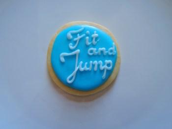 fit and jump ciasteczka maślane z logo
