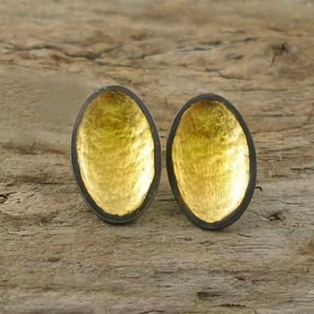 Jennifer Wall - Small 22ct gold oval stud earrings