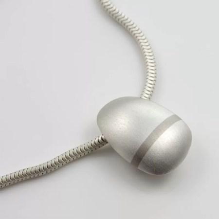 Ruth Bridges - lode short pendant