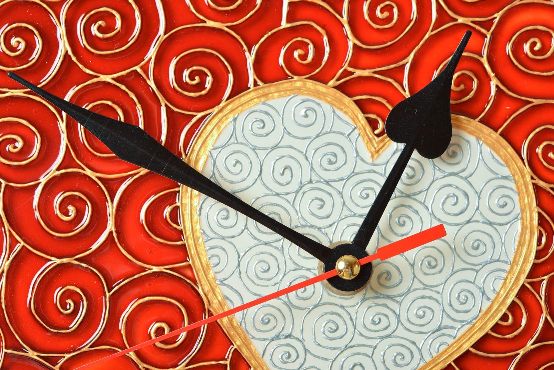 handmade heart shaped clock