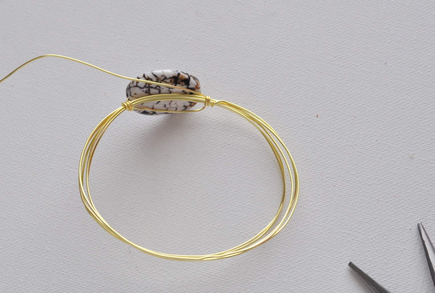 How to Make Wire Rings (with Pictures)