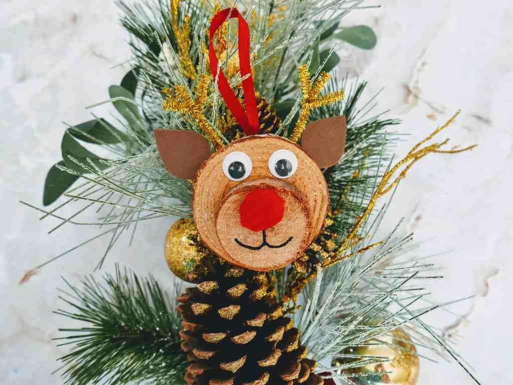 DIY Rudolph wood slice ornament