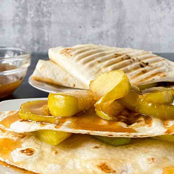 caramel apple wrap (the TikTok tortilla wrap viral food trend)