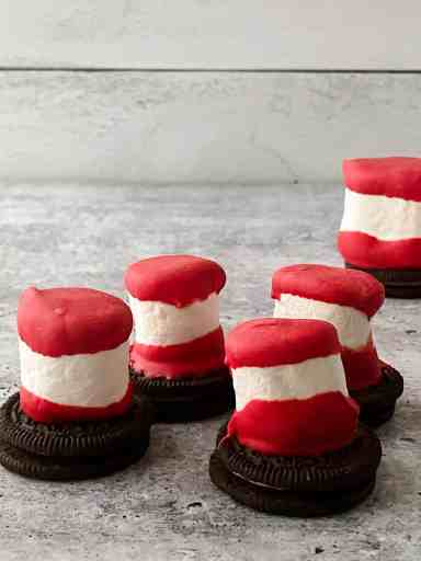 marshmallow Cat in the Hat snacks