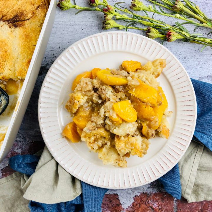 Maw Maw's Old Fashioned Peach Cobbler