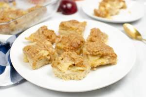 cut apple crisp bars on a plate
