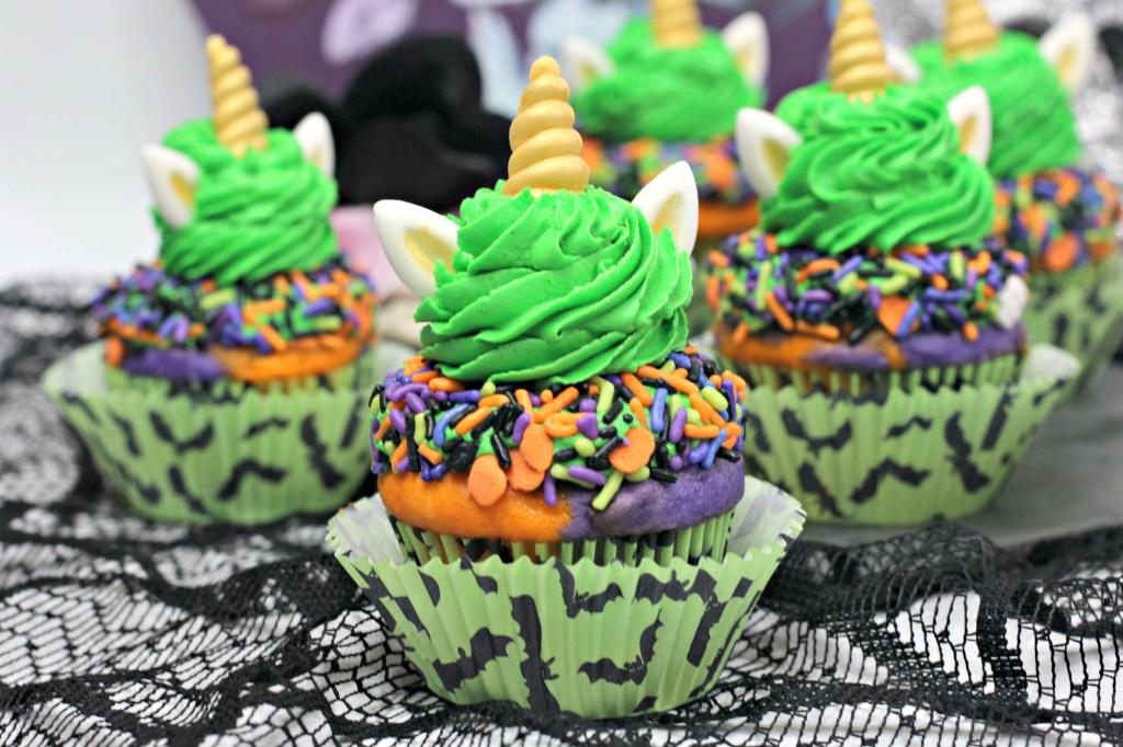 adorable mini Halloween unicorn cake idea